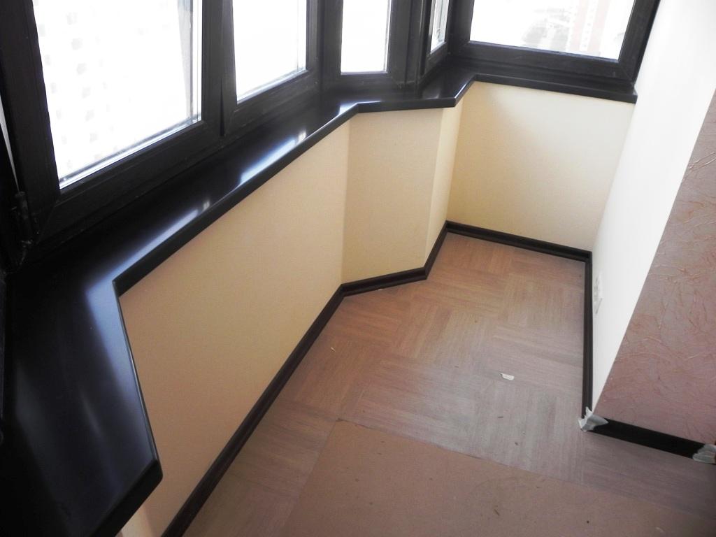 Подоконники на балконе фото.